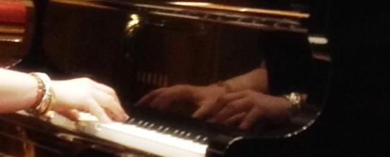 piano-hands